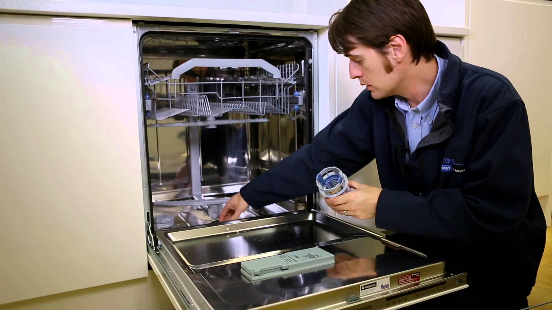 Miele Dishwasher Reviews >> How to Clean a Dishwasher - Step by step guide